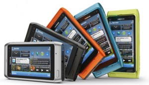 Das neue Nokia N8 kommt in trendigen Farben - Foto (c) Nokia