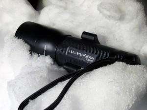 Die robuste LED Lenser M14 Hochleistungs-Taschenlampe